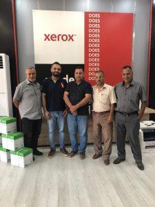 المسرة توقع مع شركة زيروكس الامريكية لشراء ماكينة ديجتال